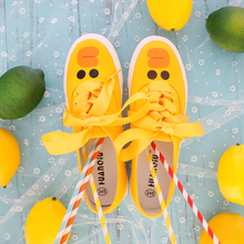 2019spring new womens shoes yellow flat-bottomed hand-painted canvas students Korean version Joker street casual Yasilaiya