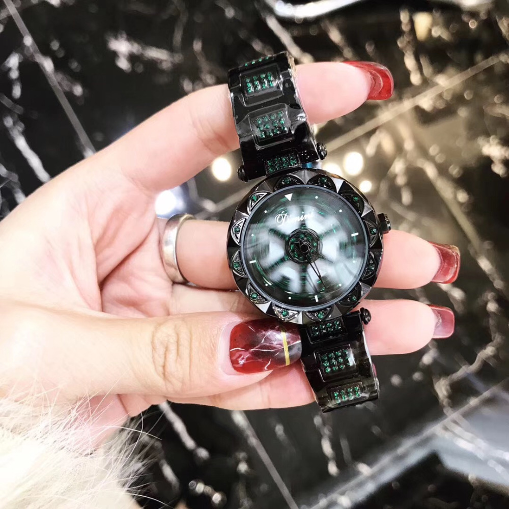 Sexual Cold Wind Cool Black Green Crystals Women Watches Vintage Heart Flower Spinning Wrist watch Quartz Steel Bracelet WatchSexual Cold Wind Cool Black Green Crystals Women Watches Vintage Heart Flower Spinning Wrist watch Quartz Steel Bracelet Watch