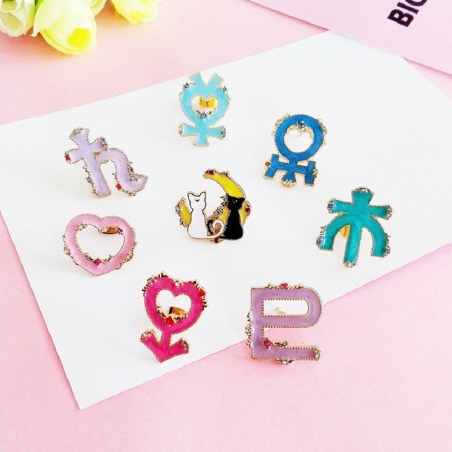 2019 Cartoon enamel alloy brooch Sailor Moon series love symbol sweater cat badge Pins Jewelry girlfriend gifts bag accessories