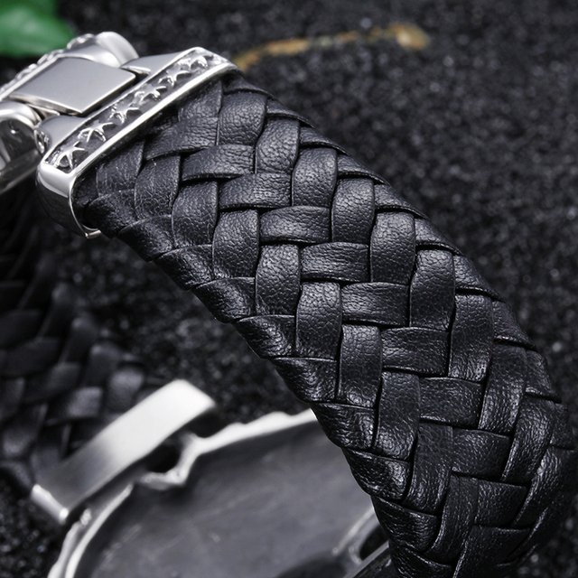 Skull Bracelet with Leather Band