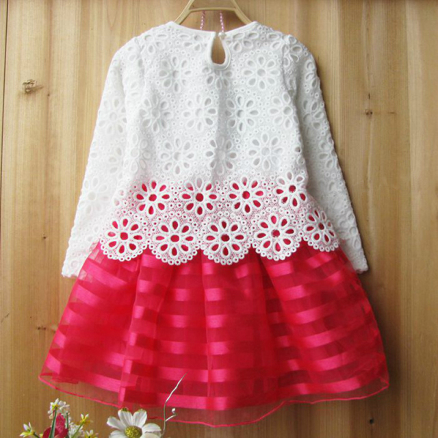 Girl's long-sleeve lace dress