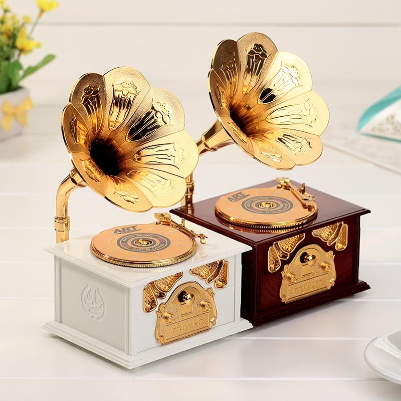 Creative Fashion Music Box Jewelry Box Design Ornaments Lovely Gift Beautiful with Gramophone Music Box