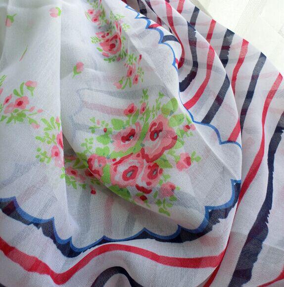 Модные женские шарфы, вискоза полосатый шарф, сезон: весна-лето шарф с цветами мусульманский хиджаб, шали и шарфы, пончо и накидка, обёрточная бумага