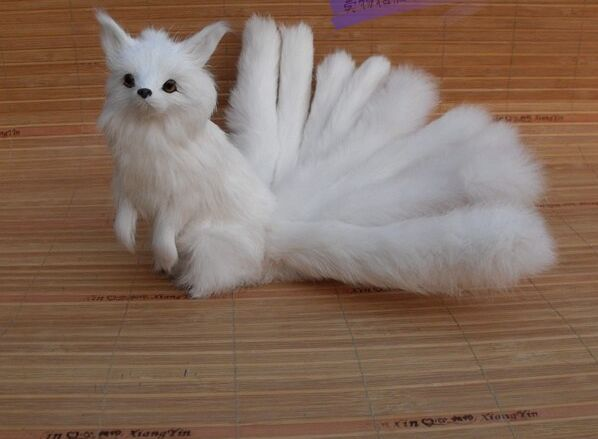 artificial white fox model 16x14cm ,polyethylene& furs gaze afar fox with nine tails handicraft prop,home decoration gift a1780