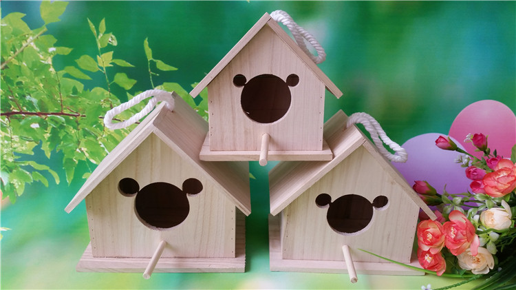 New Model Solid Wooden Nest Breeding Box Bird House