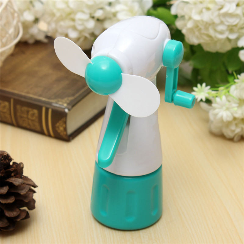 New Arrival Plastic Portable Handhold Mist Spra Cooling Fan For Outdoor Sport No-Battery Operat Gift for Child
