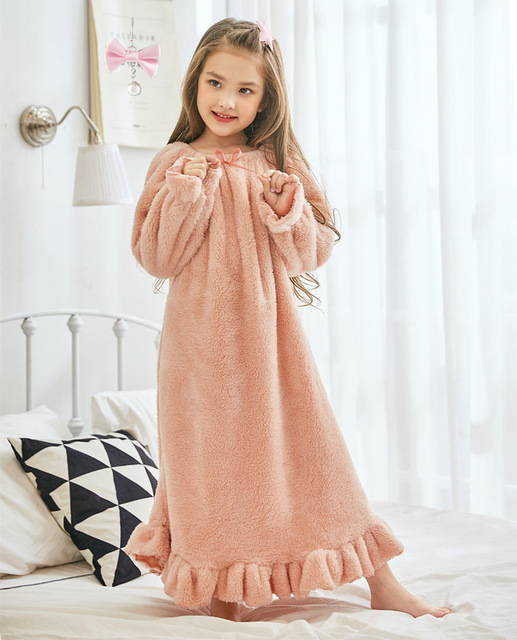 ec439ee2e428 Winter girls nightdress girls night dress night dress for kids little girl  nightgown 8246-in Nightgowns from Mother   Kids on Aliexpress.com