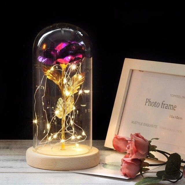 Красавица и Чудовище красная роза в стеклянном куполе на деревянной основе для подарков на день Святого Валентина - Цвет: Фиолетовый