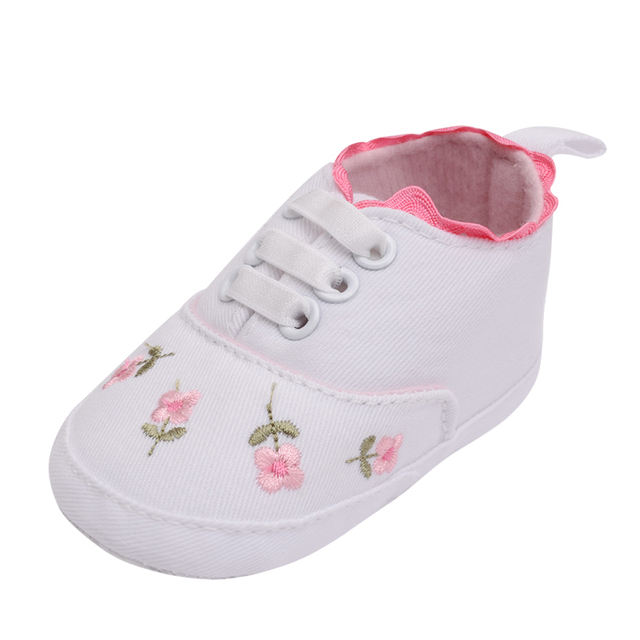 e43dae2fbdbb7 Adorable Baby Sneakers Newborn Crib Shoes Hand made Flower Printed Kids  Girls Boys Anti slip Toddler Soft Sole Canvas Shoes-in First Walkers from  ...