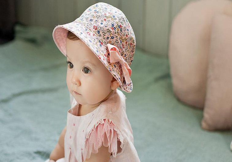 2994578d8a6 E Bainel Fashion Two Side Baby Hat For Girls Summer Baby Caps Children  Floral Bowknot Baby Sun Hat Beanie Infant Gorros-in Hats   Caps from Mother    Kids on ...