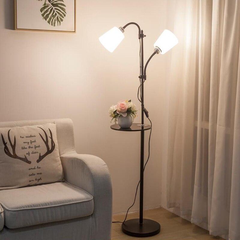 النمط الأوروبي الحديث الحديد الاكريليك رسمت مصابيح أرضية قابل للتعديل E27 LED 220 فولت الطابق أضواء لغرفة المعيشة دراسة السرير مكتب