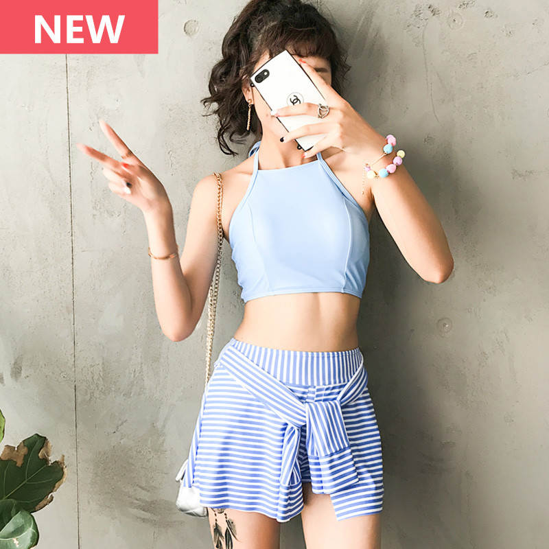 2017 Two Piece Swimsuit Teenager Girl Stripe Skirt Swimwear Crop Top Bandeau Women Retro Sport Beach Bathing Suit Halter Tankini girl