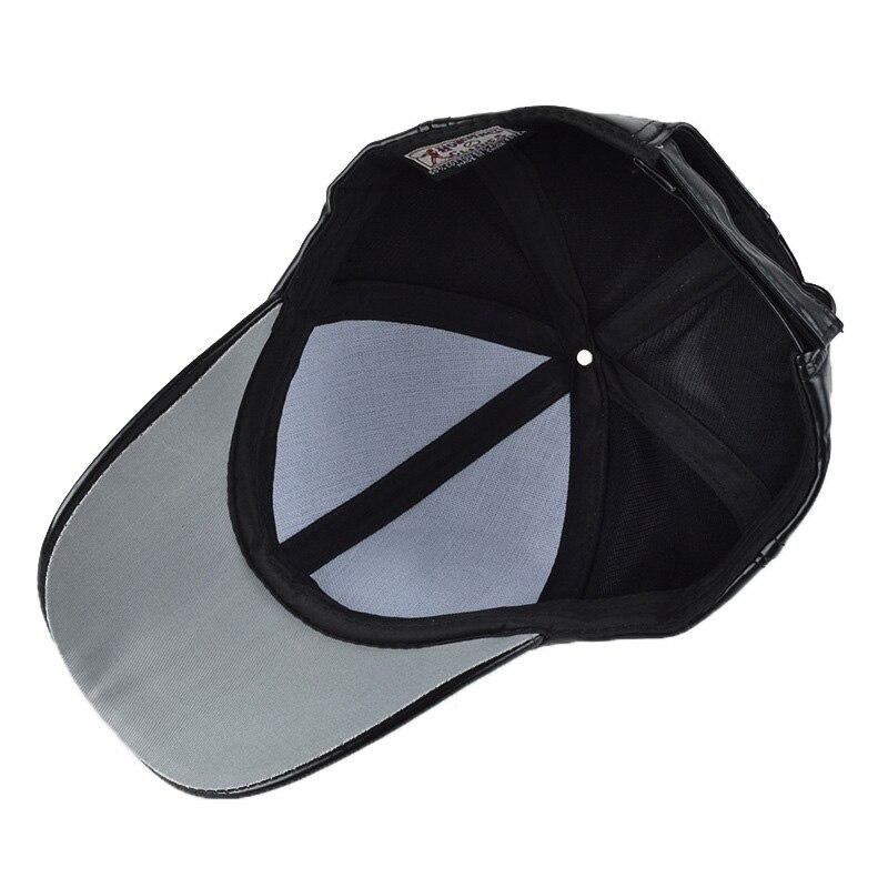 Negro sólido cuero PU gorra de béisbol sombrero para hombres mujeres  Snapback sombreros invierno 2018 primavera marca de moda al por mayor nuevo en  Gorras ... 8d1400d843d