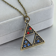 2017 New Fashion Anime Game Metal Pendant The Triangle Mark Necklace Pendant Cystal& Gem Gifts Summer Maxi Necklace