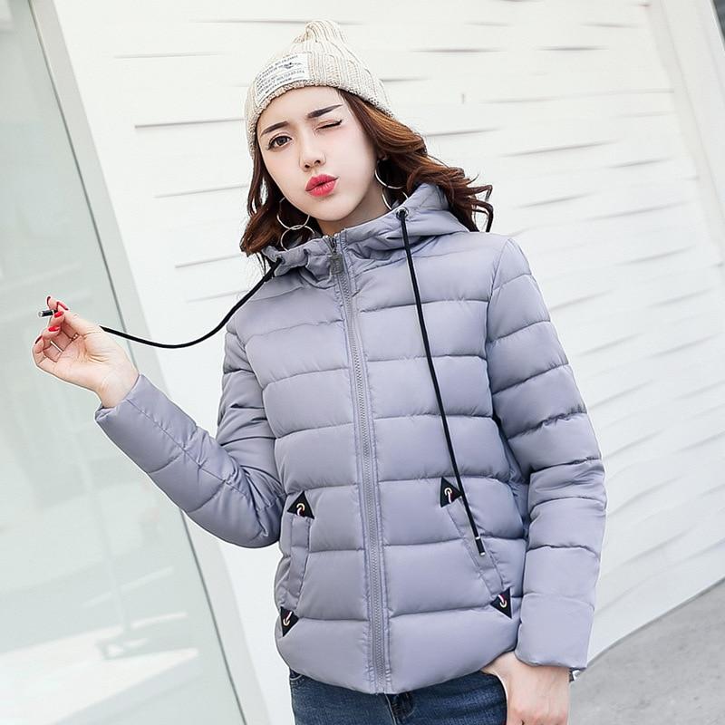 2017 Nieuwe Mode Vrouwen Herfst Winter Hooded Jassen Casual Katoenen Jas Parka Gewatteerd Capuchon Slanke Pocket Korte Uitloper Parka-in Parka's van Dames Kleding op  Groep 1