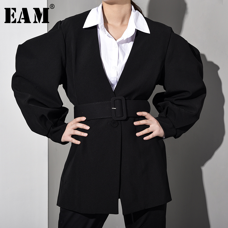 [EAM] 2020 New Spring Summer V-collar Long Latern Sleeve Black Loose Three-dimensional Jacket Women Coat Fashion Tide JL0830