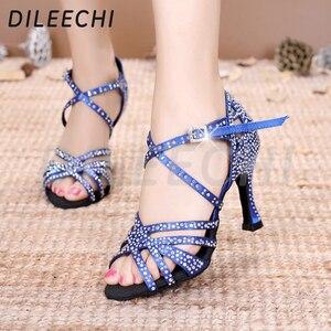 Image 5 - DILEECHI Latino sapatos de dança de grande pequeno strass Vermelho brilhante azul de cetim Mulheres sapatos de dança Salsa sapatos de festa de casamento Alargamento 9 calcanhar seis centímetros