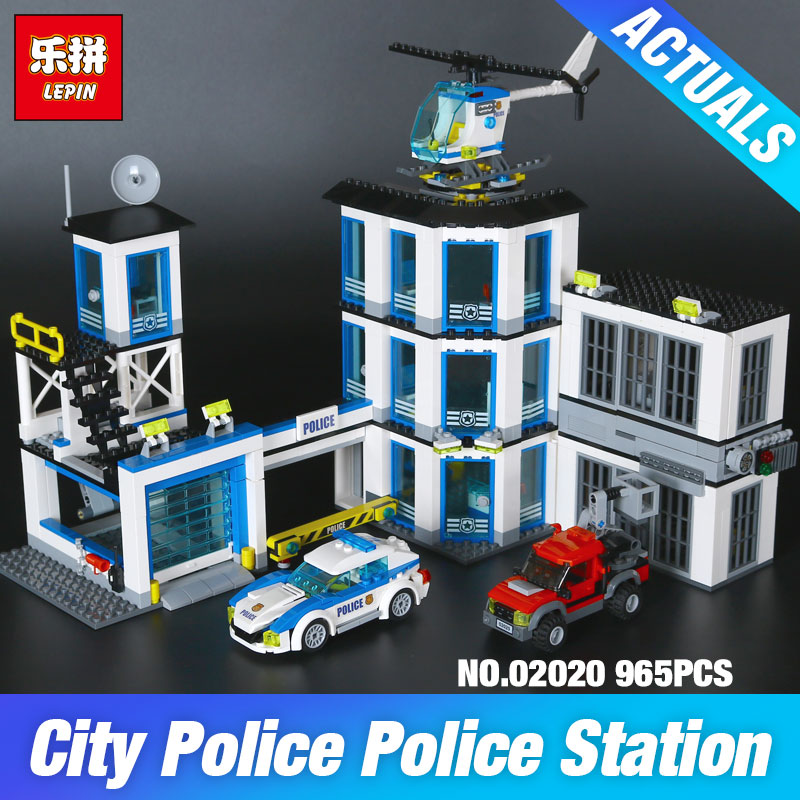 Lepin 02020 965Pcs City Series The New Police Station Set Children Educational Building Blocks Bricks Boy Toys Model Gift 6014 965pcs city police station model building blocks 02020 assemble bricks children toys movie construction set compatible with lego