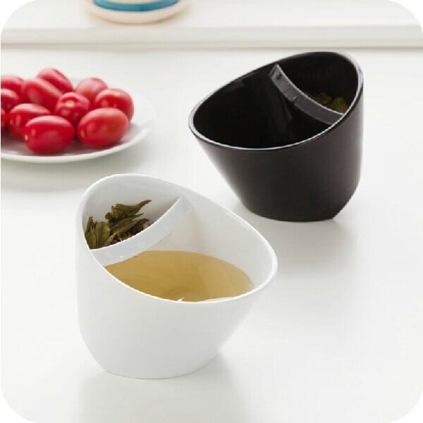 Whole 2piece A Lot Black And White Plastic Tilt Cup Oblique Fall Smart Teacup