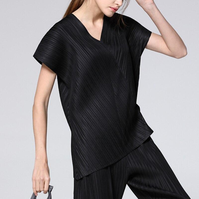 Changpleat2019 ฤดูร้อนใหม่สตรี v คอไม่สม่ำเสมอเสื้อยืด Miyak จีบแฟชั่นหลวมขนาดใหญ่เสื้อยืดเสื้อยืดน้ำ-ใน เสื้อยืด จาก เสื้อผ้าสตรี บน   3