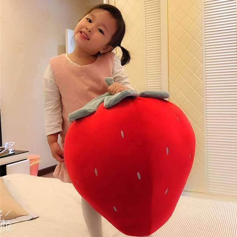 Dorimytrader kawaii мягкая Клубничная плюшевая подушка фруктовая корейская кукла Ручная