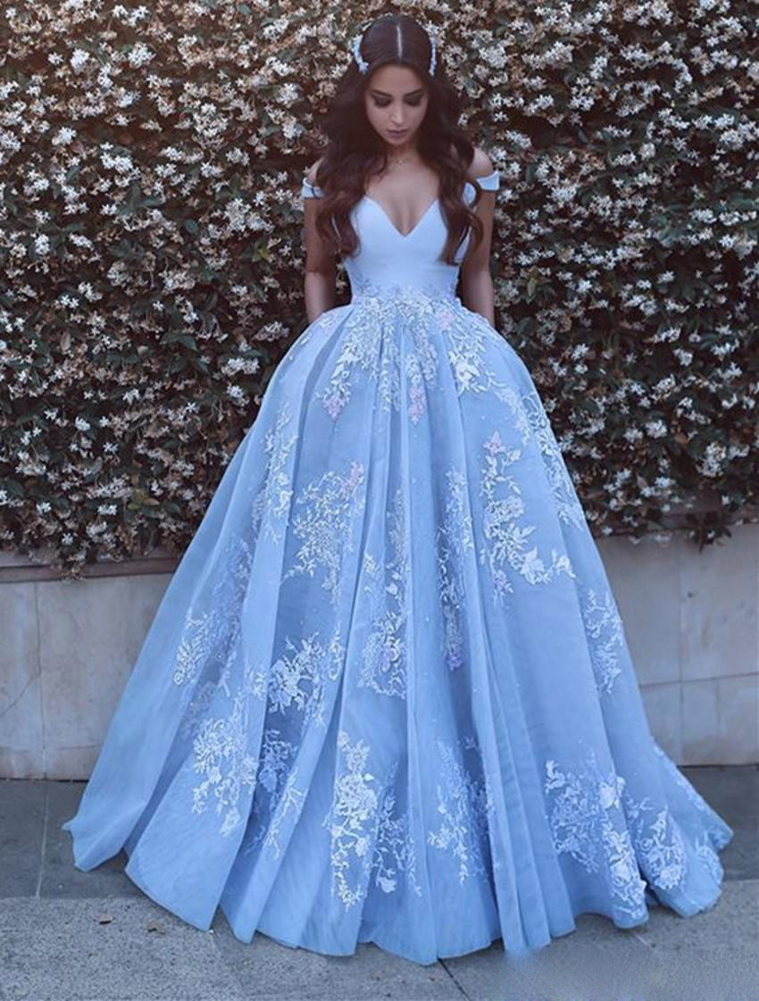 TPSAADE Sky Blue Arabic Dubai V-neck Prom Dresses Special Occasion Dresses Cap Sleeve Lace Appliques Long Party Dresses