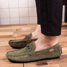 2018 New Inside The Korean Version of Increase Beans Shoes Men Casual To Match A Set Feet Loafing 5