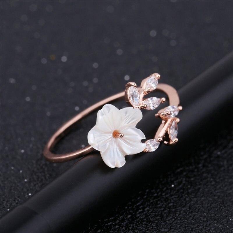 Romad Flower Wedding Rings For Women Open Ring Adjustable Women Engagement Ring Female Leaf Fashion Jewelry R4 Wedding & Engagement Jewelry