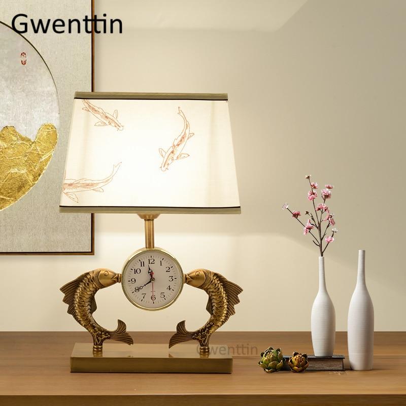 Lampes de Table de poisson de Style chinois avec horloge abat-jour en tissu luminaires de bureau pour la maison salon chambre lampe de chevet