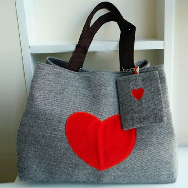 Tote Bags for Women Heart Print Canvas Tote Shopping Large Capacity Women Canvas Beach Bags Casual Tote Purse Handbags 5