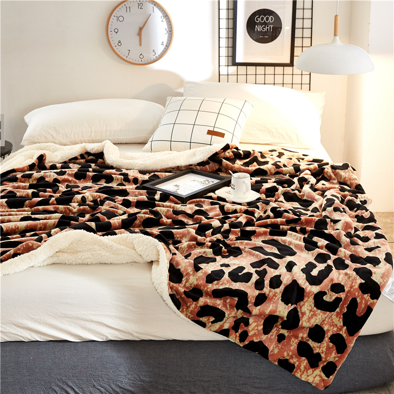 Autumn And Winter Simple Cashmere blankets Thicken Flannel Double Velvet bed Sheets gift zebra Leopard pattern blanket - 5