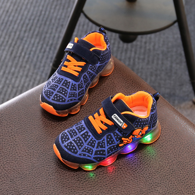 Brand Fashion LED lighted Children Shoes Cute Cool Spiderman Casual Kids Sneakers Infant Tennis Baby Girls Boys Shoes Footwear