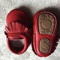 2017 Nueva venta caliente Sólido de Cuero Genuino Niña Niños hechos a mano Niño duro suela primeros caminante del bebé Zapatos de cuero 20 colores