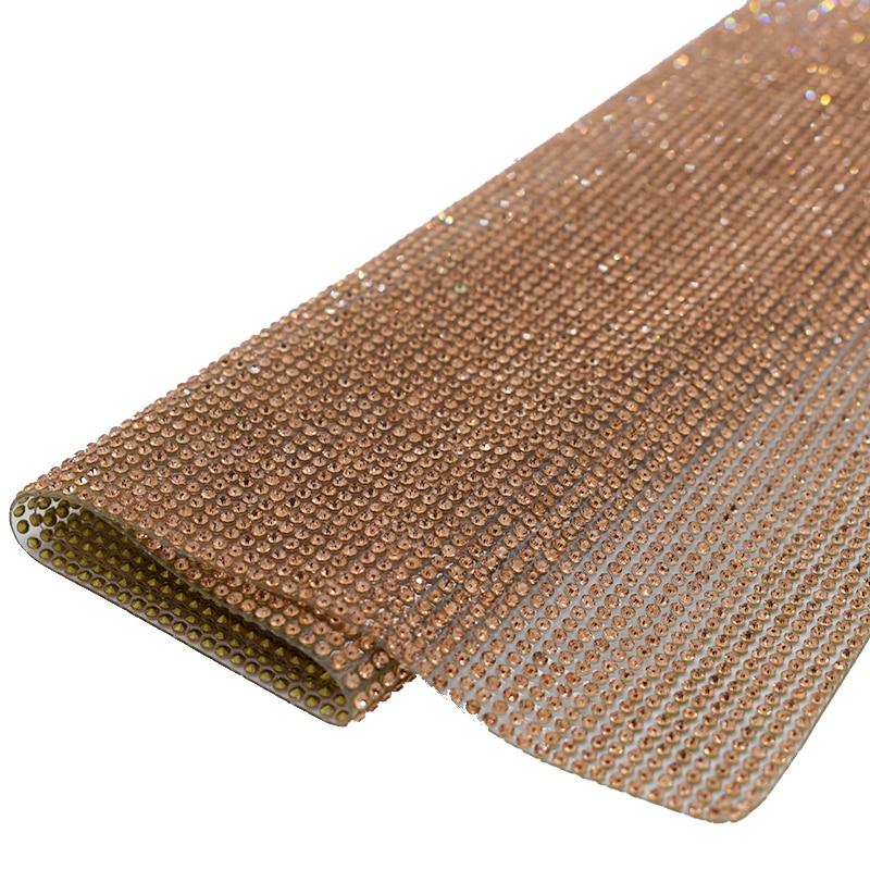 SS6 Gold Samolepící Bling Glass Rhinestone Ozdobné kameny a křišťál Hotfix Mesh aplikace z pedreria cyrkonie strass nášivka