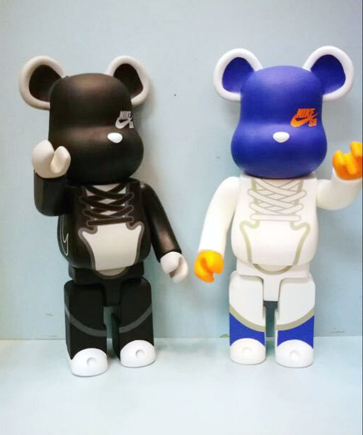 11 Inches Be@rbrick 400% New tide fashion Bearbrick PVC Action Figure Collectible Model Toy for friend love gift new arrival be rbrick bear bearbrick pvc action figure toy 52cm vinyl art figure as a gift for boyfriends