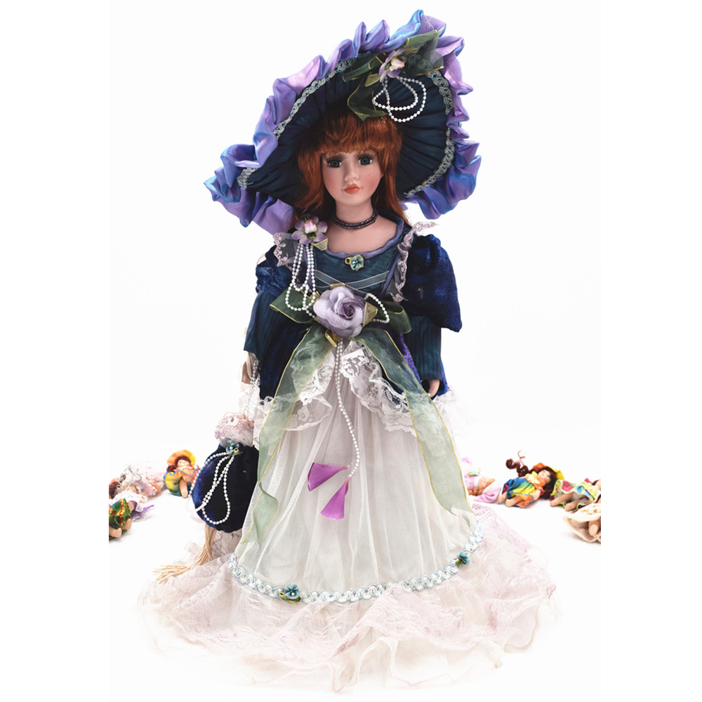 42cm Fashion Victoria Porcelain Doll Christmas Gifts Lifelike Style Collection Ceramics Doll Dress Birthday Gift Home Decoration