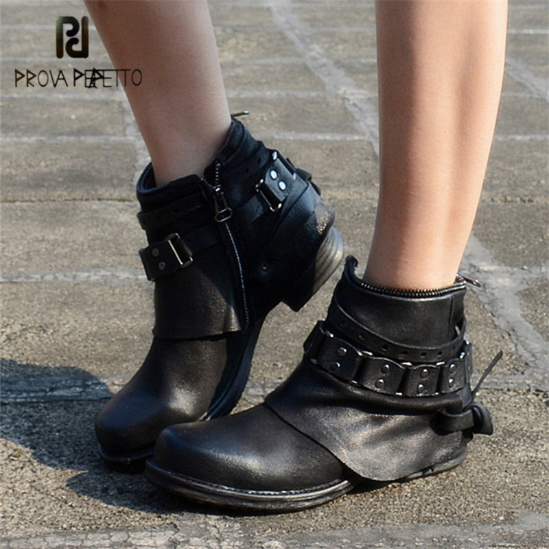 Prova Perfetto Punk Style Black Purple Genuine Leather Ankle Boots for Women Chain Decor Short Booties Female Flat Botas Mujer new fashion black purple women genuine leather ankle boots chain decor punk style motorcycle booties flat botas militares