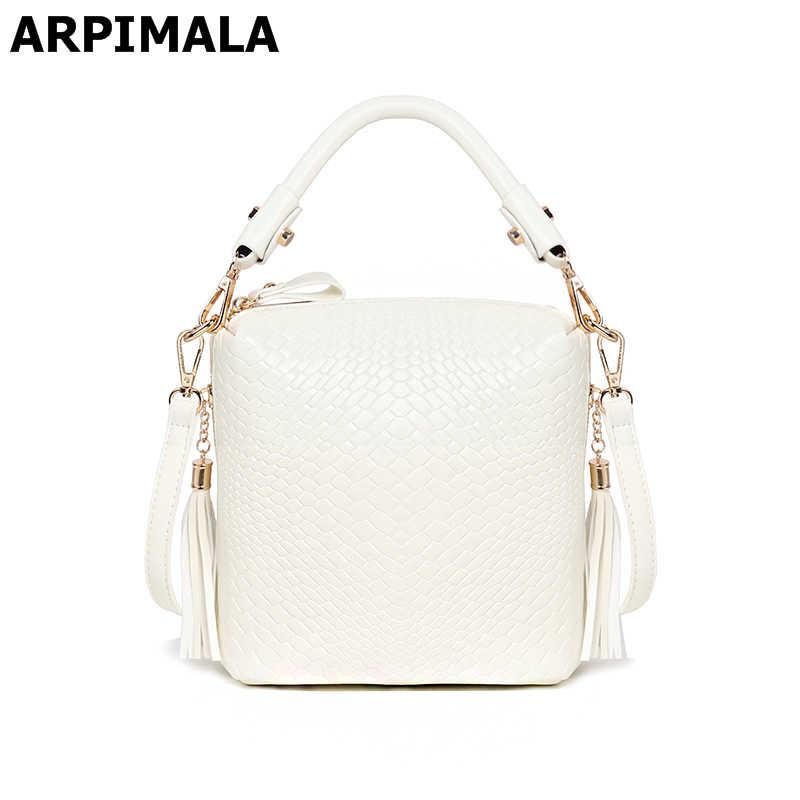 22f92d9cf856 ARPIMALA 2018 летние сумки роскошные вязаные женские сумки дизайнерские  кошельки высокого качества бахрома женские сумки через