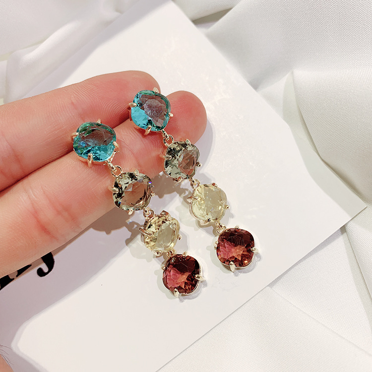 2019 hot fashion jewelry luxury color crystal earrings wedding party earrings for Girls gift for woman