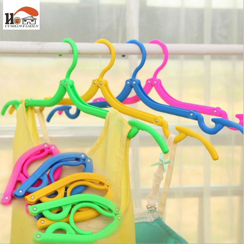 CUSHAWFAMILY Portable Colorful Travel Space Saving Clothing Hanger Foldable Plastic Folding Drying Clothes Hangers Rack Peg