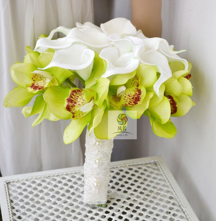 Bride Bridesmaid Holding Flowers Bouquet White Artificial PU Calla Lily Green Cymbidium Flower Simulation Wedding Gift