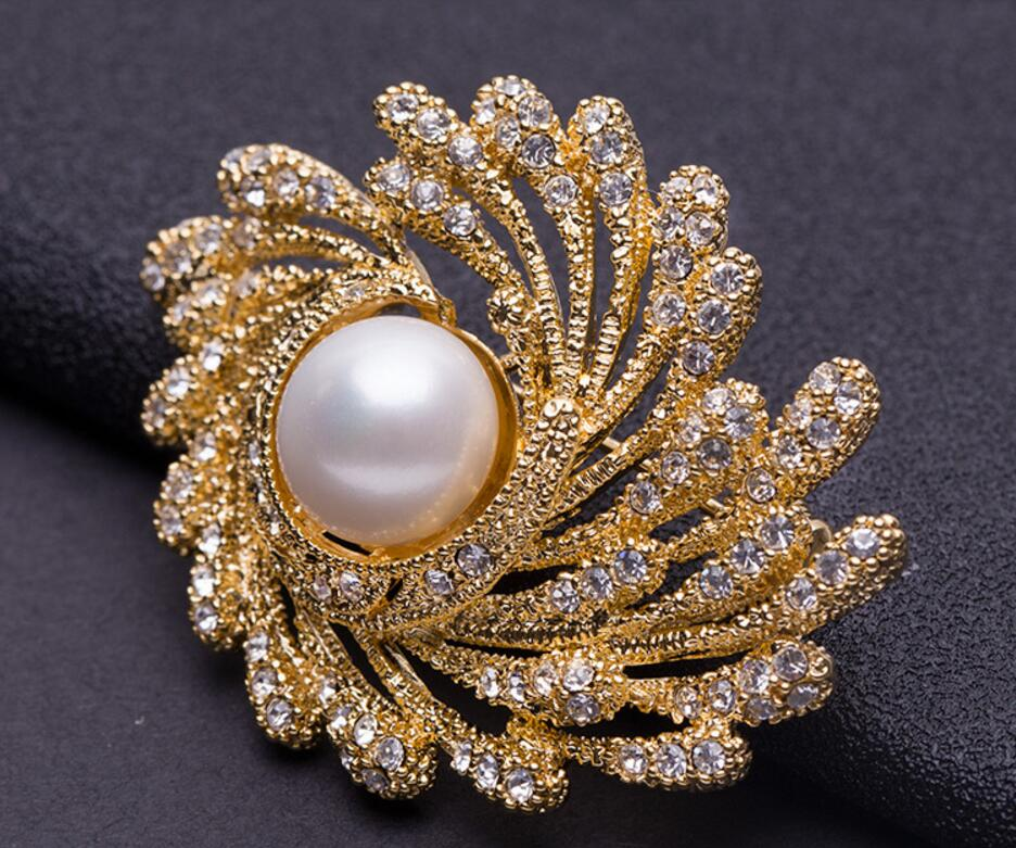 Shine Flower Brooch Real Fresh Water Pearl Exquisite Suit Jewelry 24K Alloy Lady Birthday Valentine's Day Gift xz0025