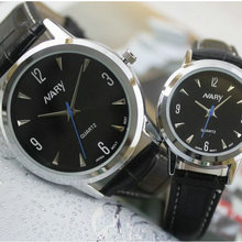 Новый мужской дамы кожаный ремешок часы моды бизнес случайный смотреть таблицу студент темперамент