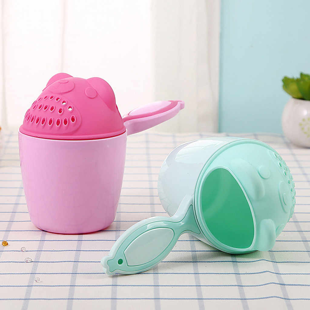 2019 ベビー漫画クマ入浴カップ新生児子供ベビーシャワーシャンプーカップためベイラーベビーシャワー水スプーンバス洗浄カップ 2 色