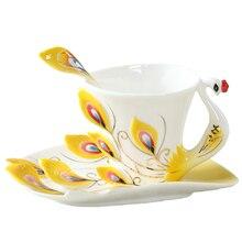 Emaille Pfau Kaffeetasse Kreative Tee Milch Tasse Set Bone China 3D Farbe Porzellan Untertasse Löffel Drink