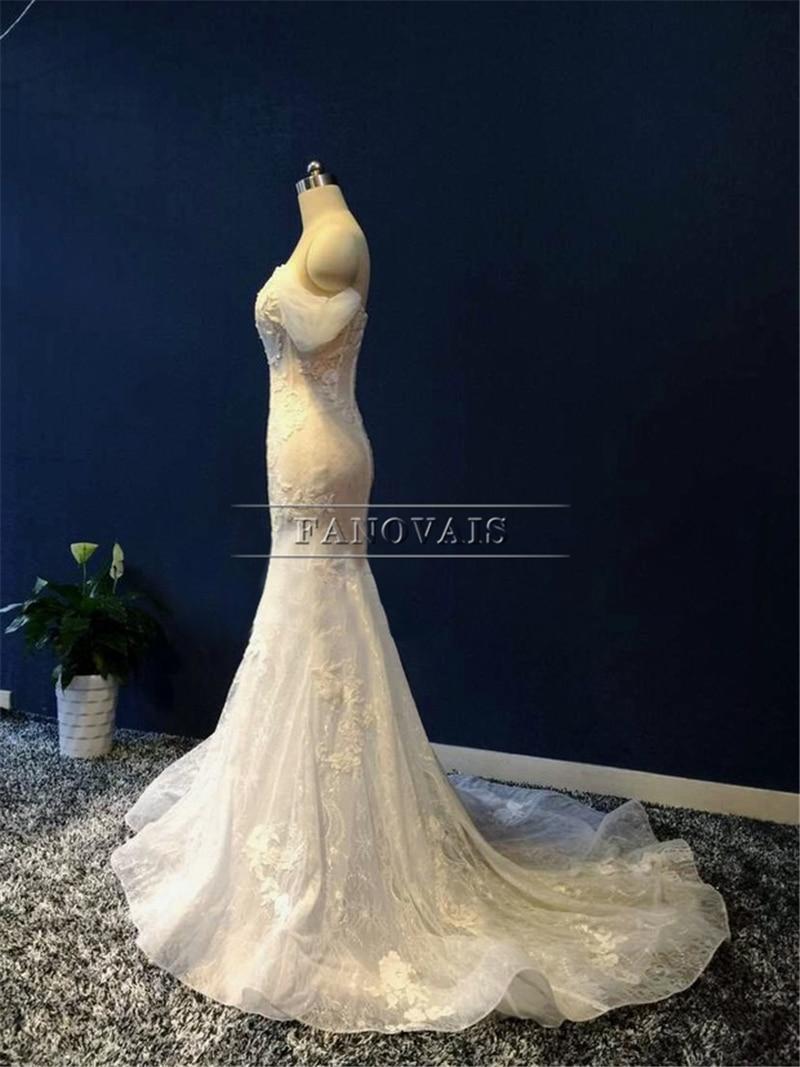 Verkligt foto Attraktiva från axelbandet Beaded Mermaid - Bröllopsklänningar - Foto 2