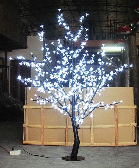 السفينة حرة عيد الميلاد شجرة الكرز الصمام الخفيفة 480 قطع الصمام المصابيح 1.5m ارتفاع 110 / 220vac اللون الأبيض المعطف في الهواء الطلق استخدام