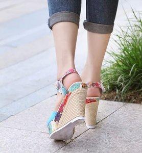 Image 5 - Frauen Sexy High Heels Sandalen Sommer Keile Schuhe Frau Druck Plattform Sandale Weibliche Mode Super Hohe Schuhe Schuhe