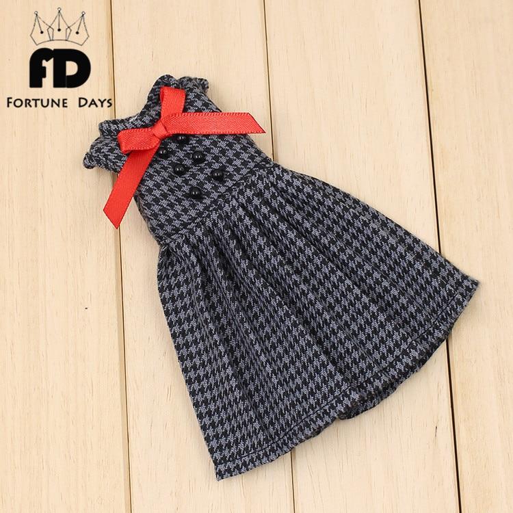 Free shipping Blyth Doll black dress red bow цена