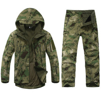 Тактический Soft Shell камуфляжная куртка комплект Для Мужчин Армия Водонепроницаемый Теплый камуфляж одежда военная флисовое пальто Непродув